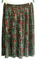 Alfred Dunner Skirt Size 14 Silky no wrinkle permanent pleats gray red paisley