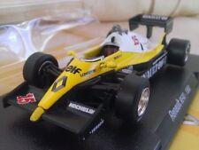 Véhicules miniatures IXO de Renault, 1:43