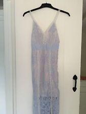 Vestido de encaje Hermoso Encaje Vestido de estilo autorretrato de Boohoo Talla 8