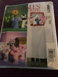 McCalls Craft Pattern New Uncut M6671 Puppets Pigs,wolf,lion Zebra Elephant Bag