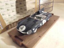 jaguar type D 24 heures du mans 1956 brumm r149 dans  sa boite vainqueur winner