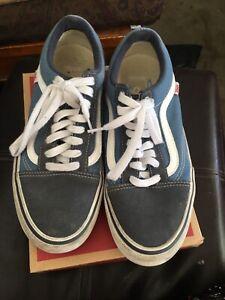 Vans Shoes - Men's size 9