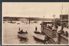 Isle of Wight Postcard - Yachting at Cowes      RS12525