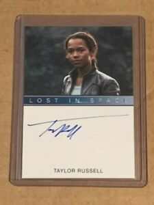 2019 Lost In Space Series 1 Taylor Russell as Judy Robinson Autograph Card