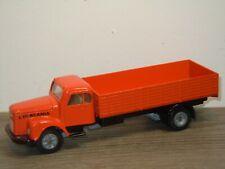 Scania L111 Truck - Rec-Tor Rector ( No Tekno) 1:50 Argentina *37610