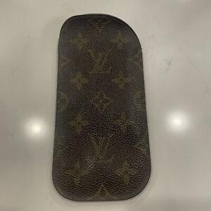 Authentic Louis Vuitton Vintage Monogram Eyeglass Case Pouch, Good Conditon