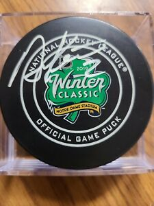 Duncan Keith signed 2019 Winter Classic puck Chicago Blackhawks