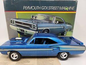 PLYMOUTH GTX STREET MACHINE MONOGRAM MODEL CAR KIT IN THE BOX 2730-0100 JUNKYARD