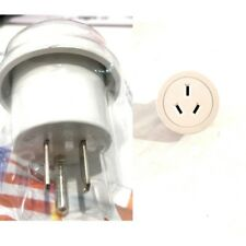 Travel Adaptor to Use in USA Canada Earthed Safety Approval Number V03242