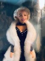 1993 Marilyn Monroe Collector's Series Dolls American Beauty Spotlight Splendor