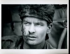 "Charlie Sheen Platoon Original 8x10"" Photo #J1967"