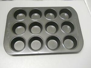 Farberware 12-Cup Muffin Pan Nonstick Bakeware Gray Cupcake Christmas Kitchen