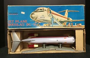 Vintage Douglas DC-9 MIB Battery Powered Taiwan Jet Plane