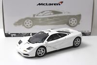 1:18 Minichamps McLaren F1 Road Car 1994 white NEW bei PREMIUM-MODELCARS