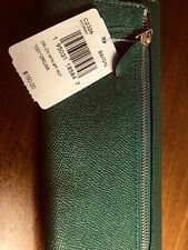 New listing COACH GREEN -LEATHER SIGNATURE  BEAUTIFUL WALLET  NEW WITH TAGS $150