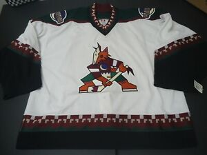 Phoenix Coyotes 2002-2003 CCM white Goalie jersey size 60G Arizona new with tag