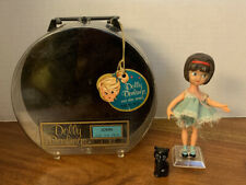 1965 Dolly Darlings Susie & Cat In Hatbox Series Case &  Tag
