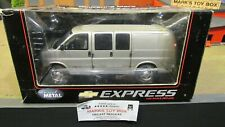 HWY 61 DCP GOLD CHEVROLET CHEVY EXPRESS CARGO DELIVERY VAN TRUCK 1:25 1:24 /CL