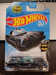 Hot Wheels 50 Batman Classic TV Series Batmobile #307 5/5 BLUE/BLUE (Lot of 2)