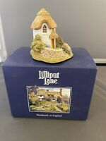 "Lilliput Lane ""Thimble Cottage"" Miniature Cottage Collectors Club 1995/96"