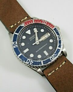 Seiko Automatic Pepsi Diver Wristwatch 10 Bar 7S26-0040 Keeps Time Runs