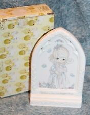 Precious Moments Bible Blessings Girl with Cross Plaque #255866 with Box