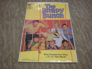 The Brady Bunch #2 Photo Cover (1970) DELL Comics FN/VF