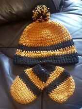 gold & black hand knitted hat & mits great for winter match days wolves fan