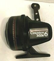Vintage Johnson Country Mile 6 Casting Reel Made in USA