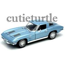 Welly 1963 Chevrolet Corvette 1:24 Diecast Model Car 24073-4D Light Blue