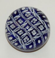 Vintage Gentile Glass Company 3 Inch Paper Weight Glass Blue White  R10488