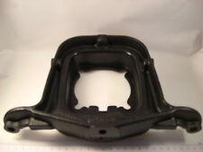 Support arrière de moteur Peugeot 504 berline L et utilitaires essence ->M1979