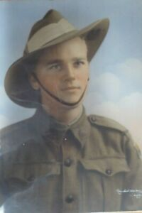 WW1 / 2 AIF AUSTRALIAN ARMY DIGGER SOLDIER PORTRAIT COLOURED PHOTOGRAPH FRAMED