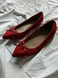 Holiday Red Banana Republic Bow Pointed-Toe Flat women Size 8.0