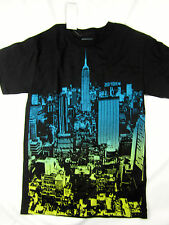Zoo York NYC skyscrapers skate short sleeve t shirt men's size SMALL