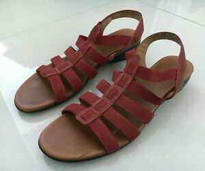 Munro American Women's Sandals - Size 9 - Red - Made in the USA