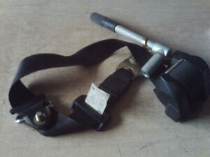 MERCEDES W123 - FRONT RIGHT SEAT BELT WITH TENSIONER - 1238606886