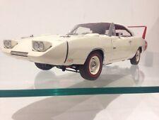 1969 dodge charger daytona hemi V8 mopar 1:24