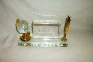 New York Hologram Crystal Statue of Liberty Twin Towers Pen Holder Globe RARE