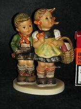 """Goebel Hummel 49/0 """"Brüderlein und Schwesterlein"""", to market, Junge Mädchen"""