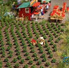 BNIB OO / HO BUSCH 1265 40 STRAWBERRY PLANTS KIT - FIELD