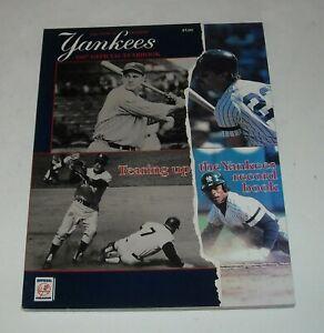 1987 NEW YORK YANKEES MLB BASEBALL OFFICIAL YEAR BOOK MAGAZINE DON MATTINGLY