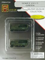 Military Museum Collection SDKFZ 251/1 Green 2-Car Set 1/144 scale