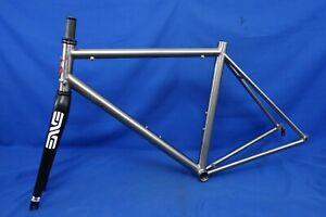 Lynskey R255 Titanium Road Bike Frameset - Small/50cm - ENVE Carbon Fork
