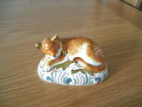 ROYAL CROWN DERBY PAPERWEIGHT OF A SLEEPY LION CUB