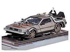 DeLorean LK Coupe back to the Future III Railroad versión 1987 1:18 Sunstar