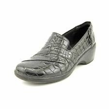 "Med 1 3/4"" to 2 3/4 "" Women's Synthetic Flats"