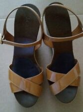 J.Crew women's patent leather straps platform wedge shoes size 8 in tan color