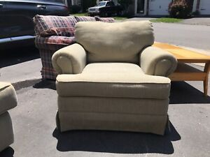 klaussner olive green and Beige family room Chair