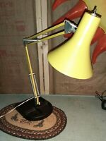 VINTAGE Yellow Adjustable Union Made INDUSTRIAL METAL & Iron Tray DESK LAMP